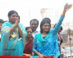ys-vijayamma-bi-elections-tour