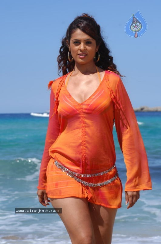 hot Anjana sukhani