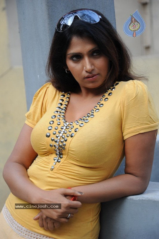 Very Bhuwaneshwari hot nude pics important answer
