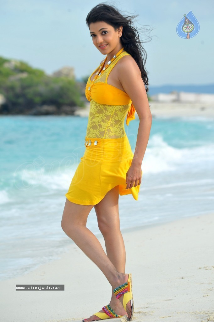 Kajal Agarwal New Hot Stills  - 2 / 90 photos