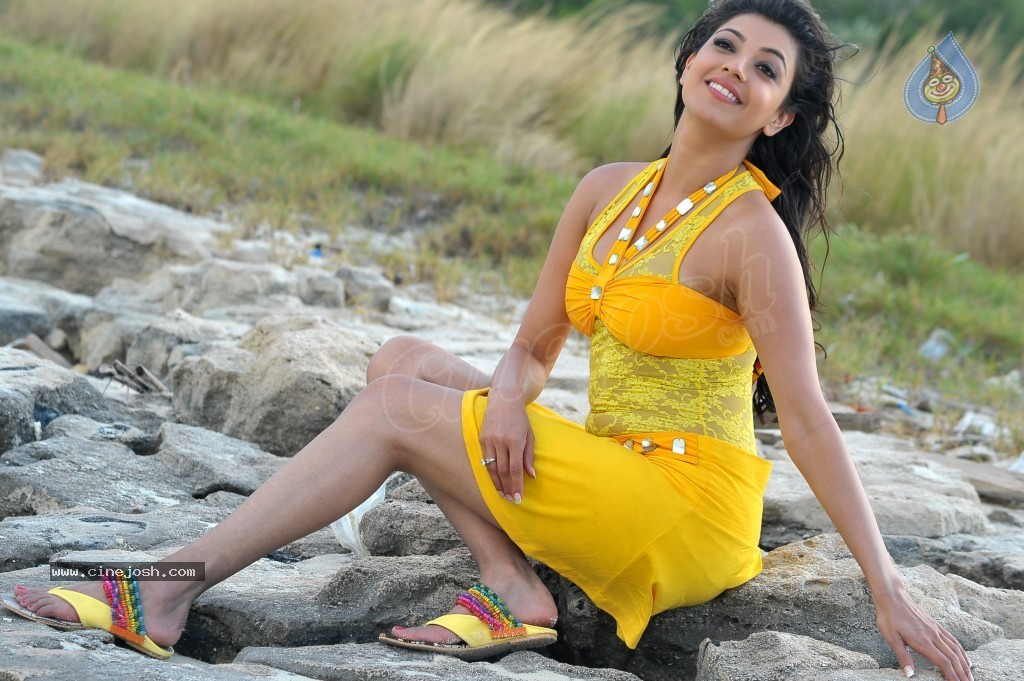 Kajal Agarwal New Hot Stills  - 5 / 90 photos