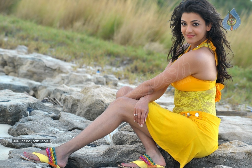 Kajal Agarwal New Hot Stills  - 48 / 90 photos