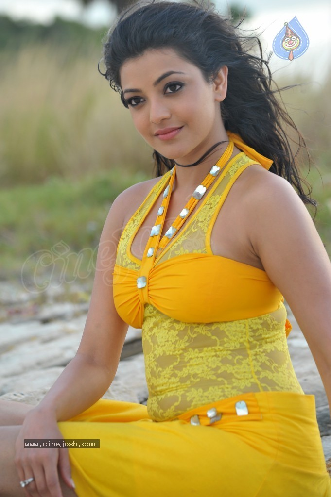 Kajal Agarwal New Hot Stills  - 71 / 90 photos