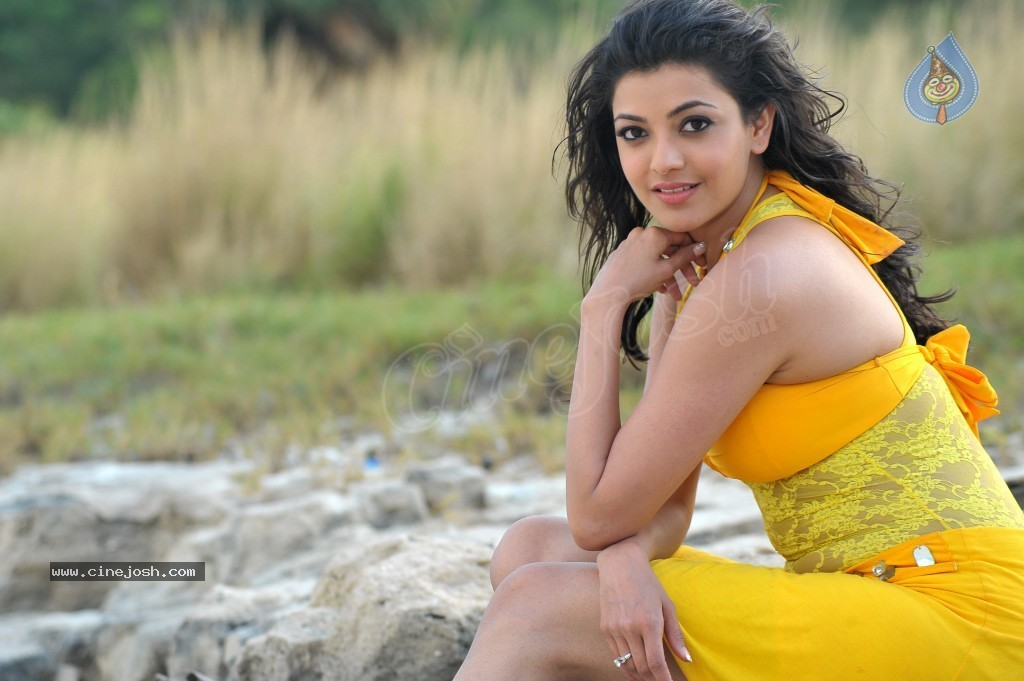 Kajal Agarwal New Hot Stills  - 75 / 90 photos