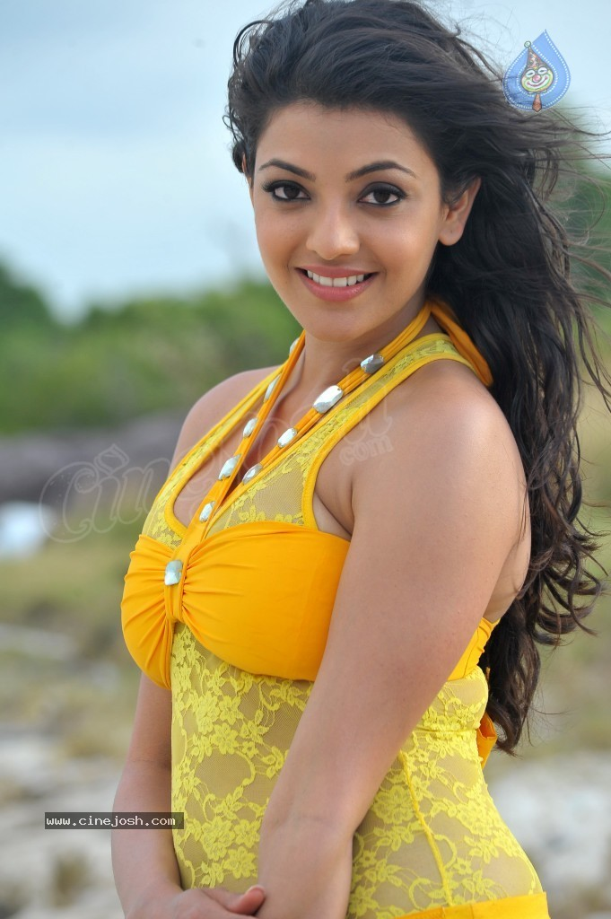Kajal Agarwal New Hot Stills