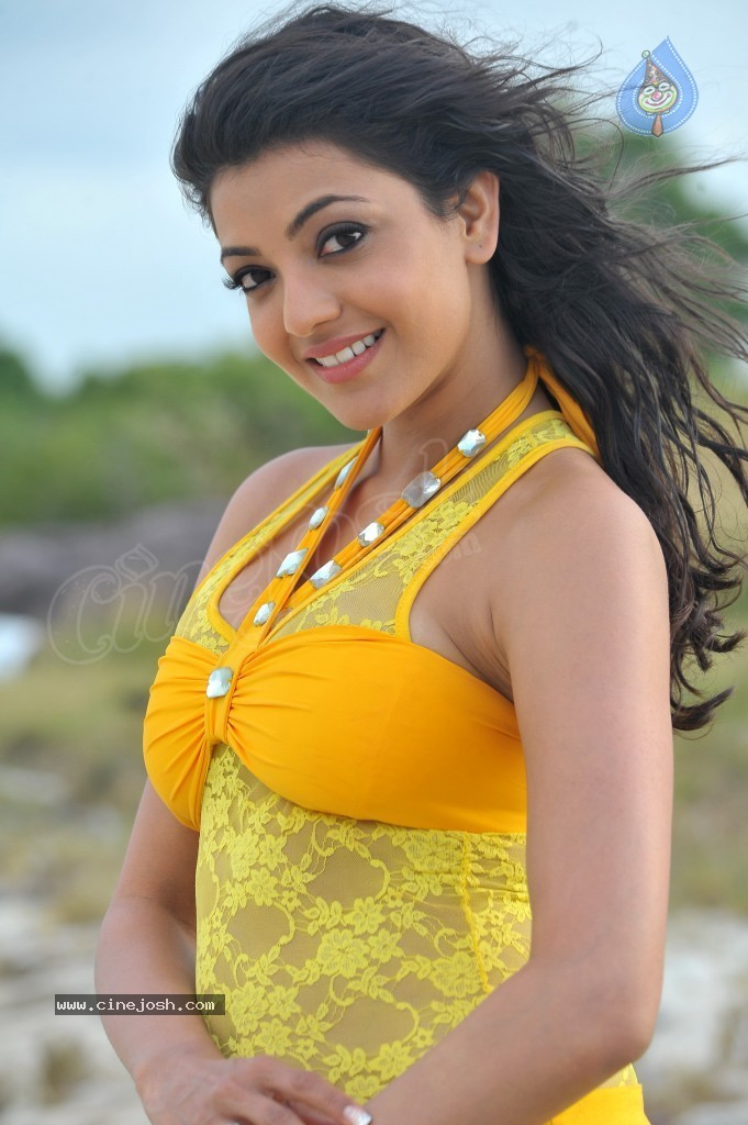 Kajal Agarwal New Hot Stills  - 77 / 90 photos