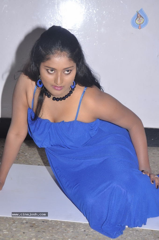 Naangam thamizhan tamil movie hot stillsTamil Movie Hot Wallpapers