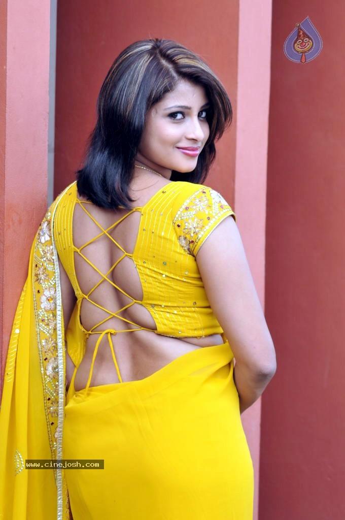 Nadeesha Hemamali Spicy Gallery Photo