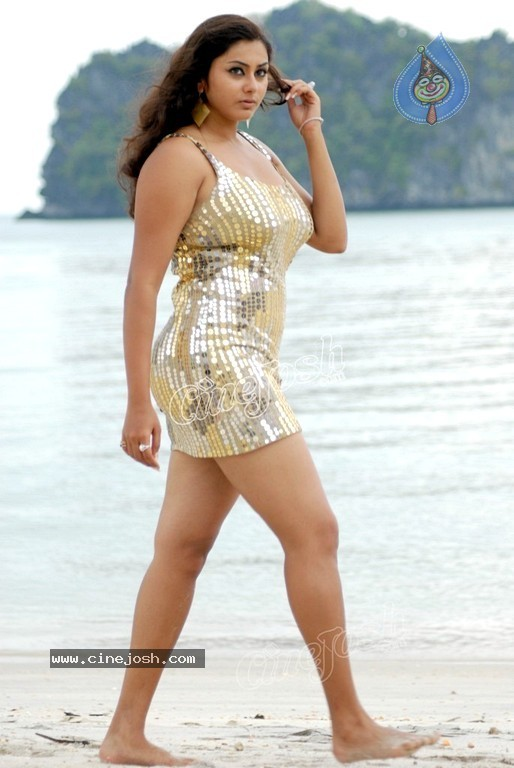 Namitha New Spicy Gallery - 32 / 60 photos