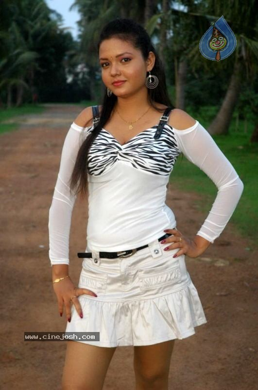 Shanthi Tamil B Grade Masala Movie