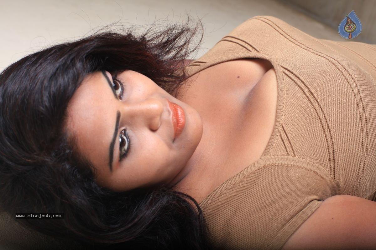 Actress Sithara nude sorry