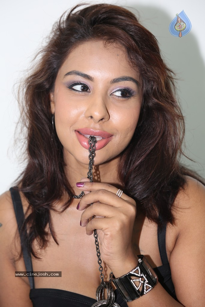 Srilekha Spicy Stills   Click For Next Photo