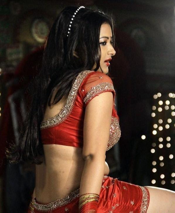 Swetha Basu Prasad Spicy Stills