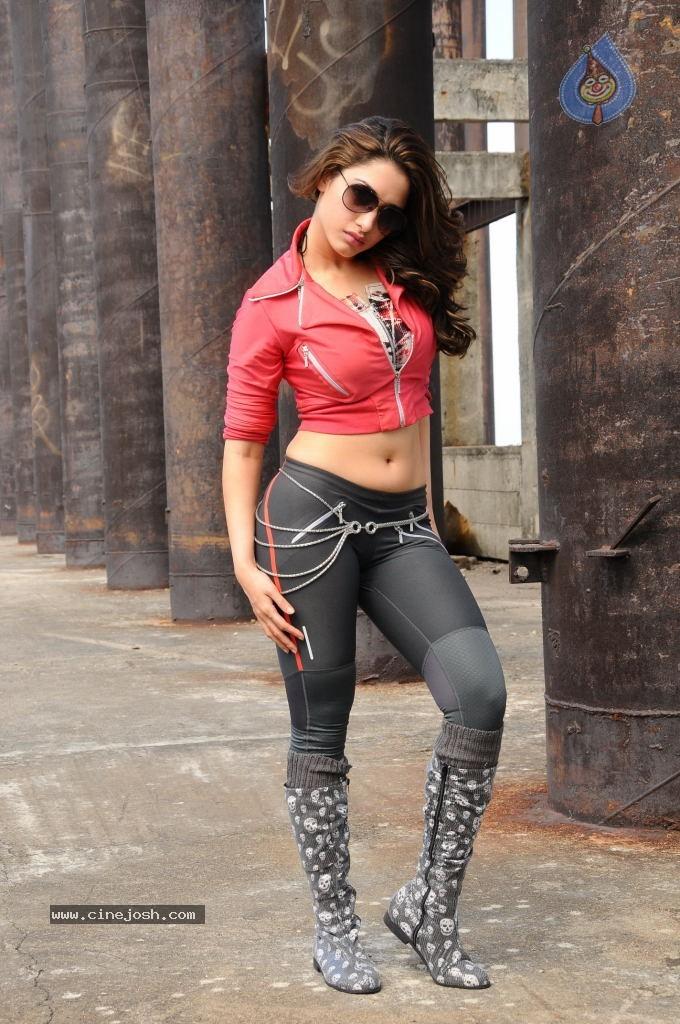 Tamanna Hot Stills In Rebel Photo 23 Of 28