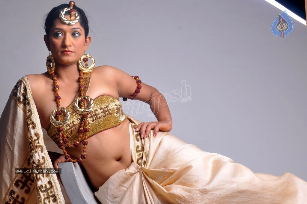 Wonder Varsha Showing her striptease talent to the new hot ...