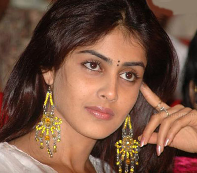 Genelia crying over false media reports.