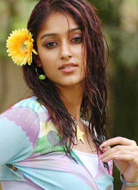 Ileana safe in Puri's inner pocket