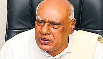 Rossaiah asks T leaders to postpone agitation
