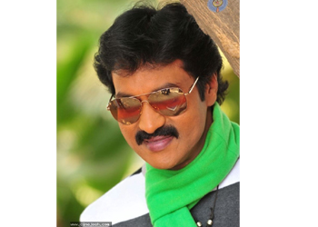 Super Raja in and as 'Poola Rangadu'