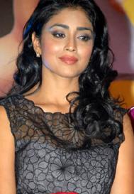 Shriya begs for 'Tamanna' Luck