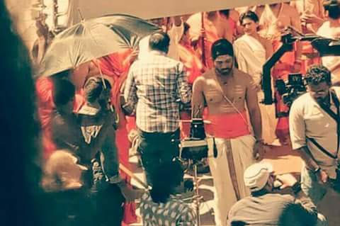 Allu Arjun's Brahmin Look Leaked from DJ