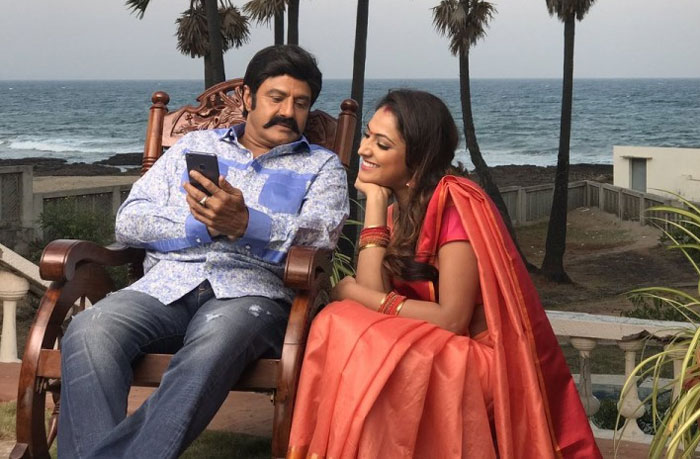 Balakrishna and Haripriya in Jai Simha Movie