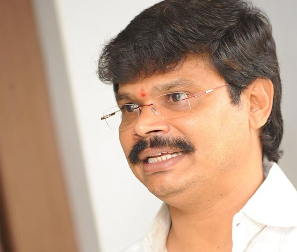Boyapati Aims At Rajamouli Spot