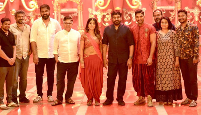 Chiranjeevi at Naa Peru Surya Sets