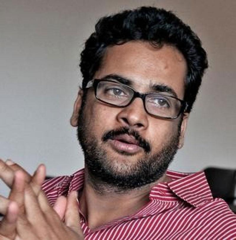 Hero Sivaji Criticizes Only BJP, Not TDP