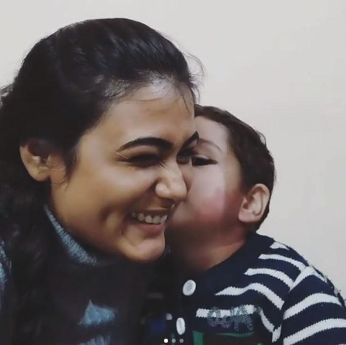 Kid Kisses Shalini Pandey