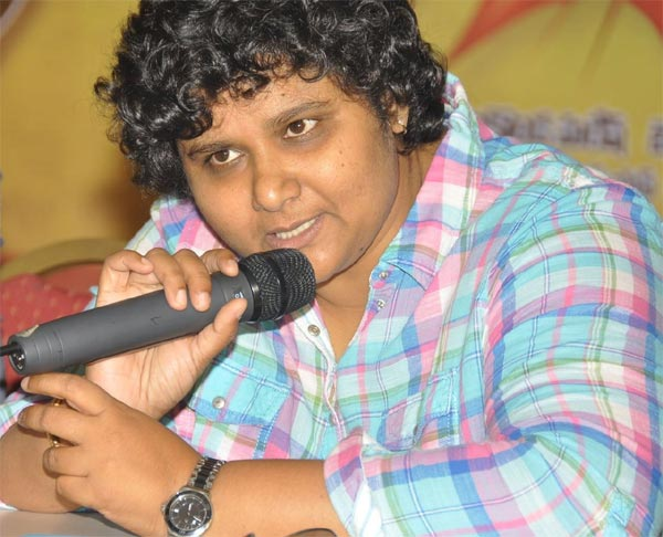 nandini-reddy-in-new-copy-trouble