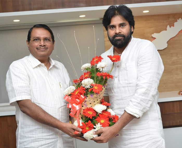 Pawan Kalyan's Political Advisor a Threat for Nara Lokesh?