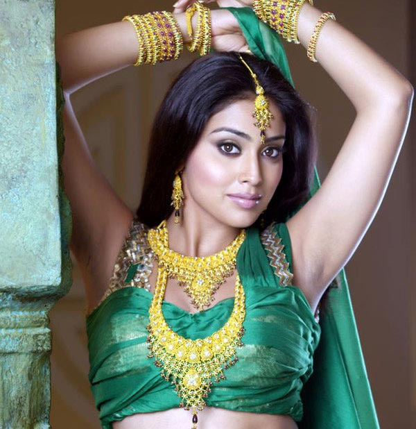 shriya-rejects-dating-whispers