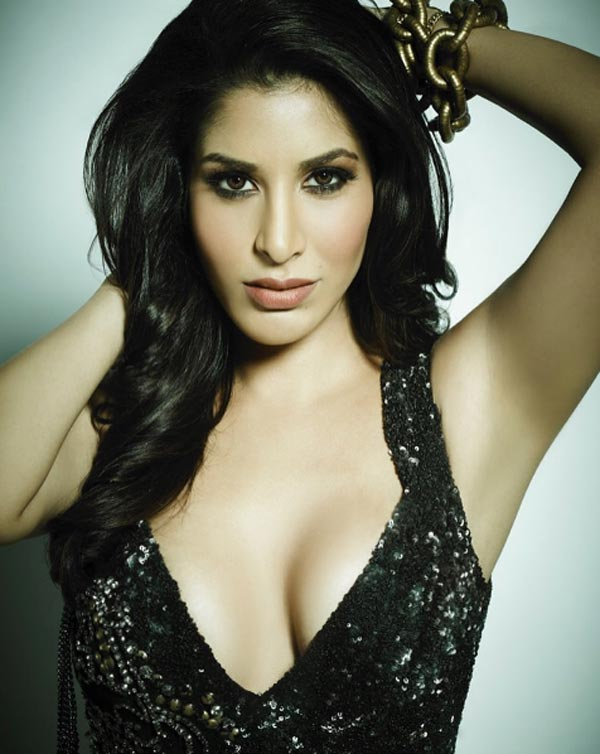 nude pics of sophie choudry