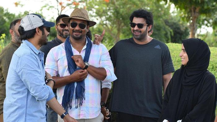 saaho,cinematographer,madhie,shooting,70 crores  సాహో టీమ్ షాక్ ఇచ్చారుగా..!