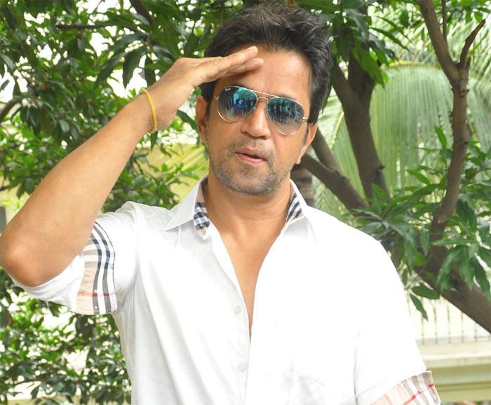action king arjun,arjun interview,lie movie,nithiin  యాక్షన్ కింగ్ అర్జున్... 100% కరెక్ట్..!