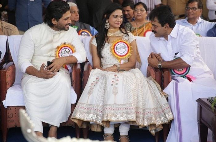 grand welcome,allu arjun,kerala,mallu land  అల్లు అర్జున్కు అక్కడ గ్రాండ్ వెల్కమ్