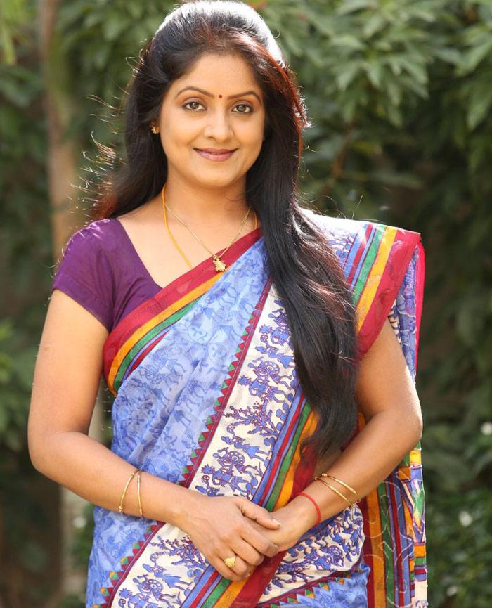 pramodini,actress,actress pramodini,mother roles,mehbooba,dhruva  మంచి నటిగా గుర్తింపు పొందాలి: ప్రమోదిని!