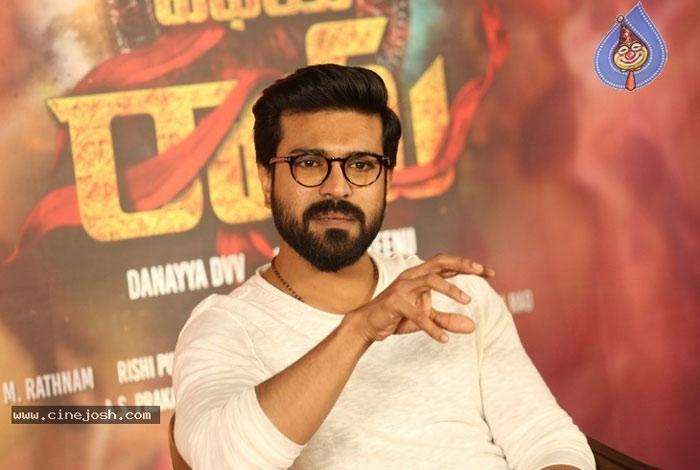 ram charan,vvr,mega power star,rrr movie,vinaya vidheya rama,ram charan role in rrr  'RRR'.. గాసిప్స్కి చరణ్ బ్రేకేశాడు