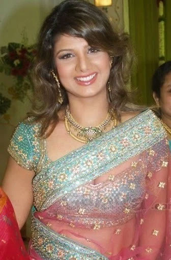 rambha,police,case on rambha,old actress rambha in troubles  రంభకు సమన్లు అందజేసిన పోలీసులు..!