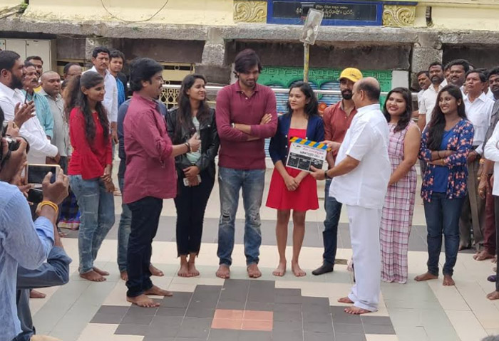 veda enterpraises production no 3 movie,konda murali,konda surekha,movie opening  కొండ మురళీ క్లాప్తో ప్రారంభమైన చిత్రం