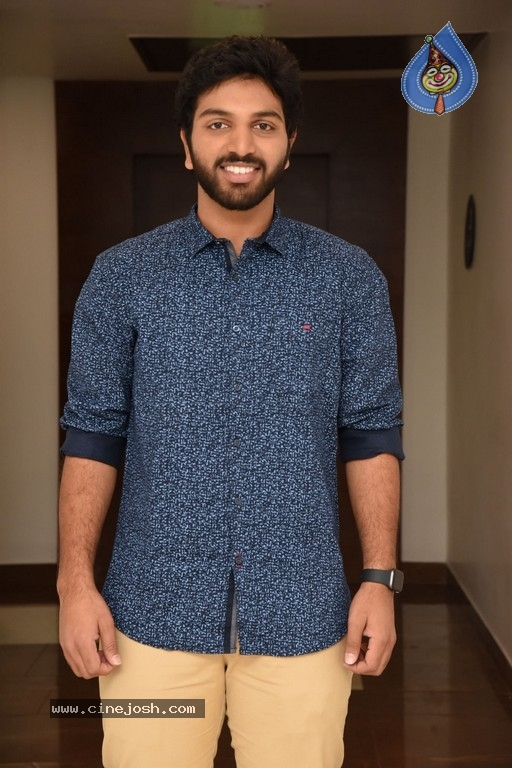4 LETTERS Movie Hero EASWAR Interview Photos - 4 / 10 photos