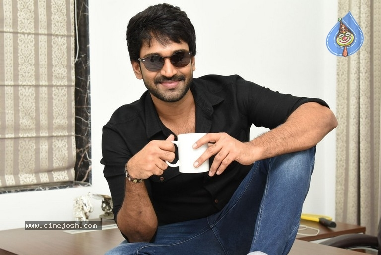 Aadhi Pinisetty Interview Stills - 4 / 50 photos