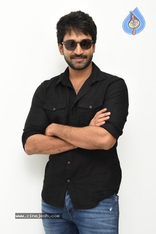 Aadhi Pinisetty Interview Stills - 6 / 50 photos