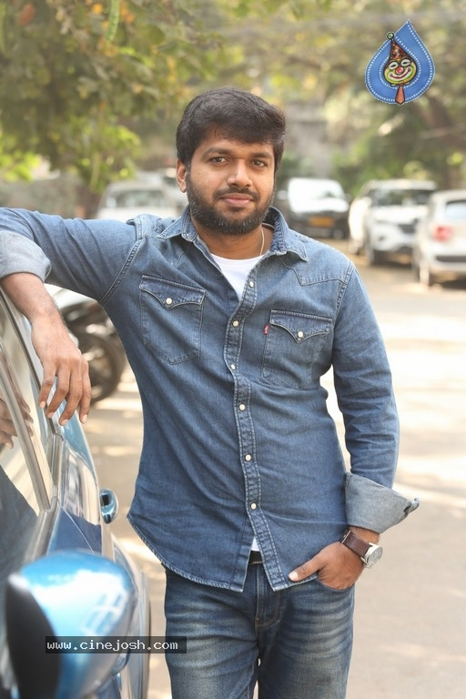 Anil Ravipudi Interview Photos - 5 / 10 photos