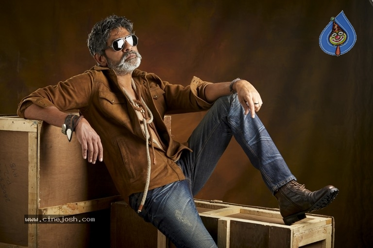 Jagapathi Babu New Stills - 3 / 25 photos