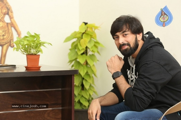 Suvarna Sundari Hero Indra Interview Photos - 7 / 14 photos