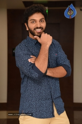 4 LETTERS Movie Hero EASWAR Interview Photos - 1 of 10