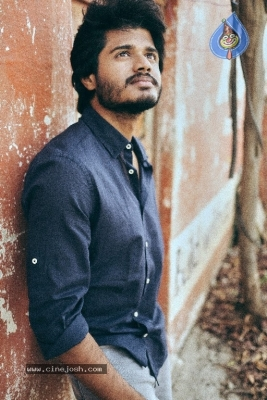 Anand Deverakonda Photos - 4 of 7
