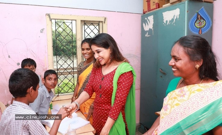 Actress Sakshi Agarwal visited Autism Affected Children Home - 4 / 7 photos